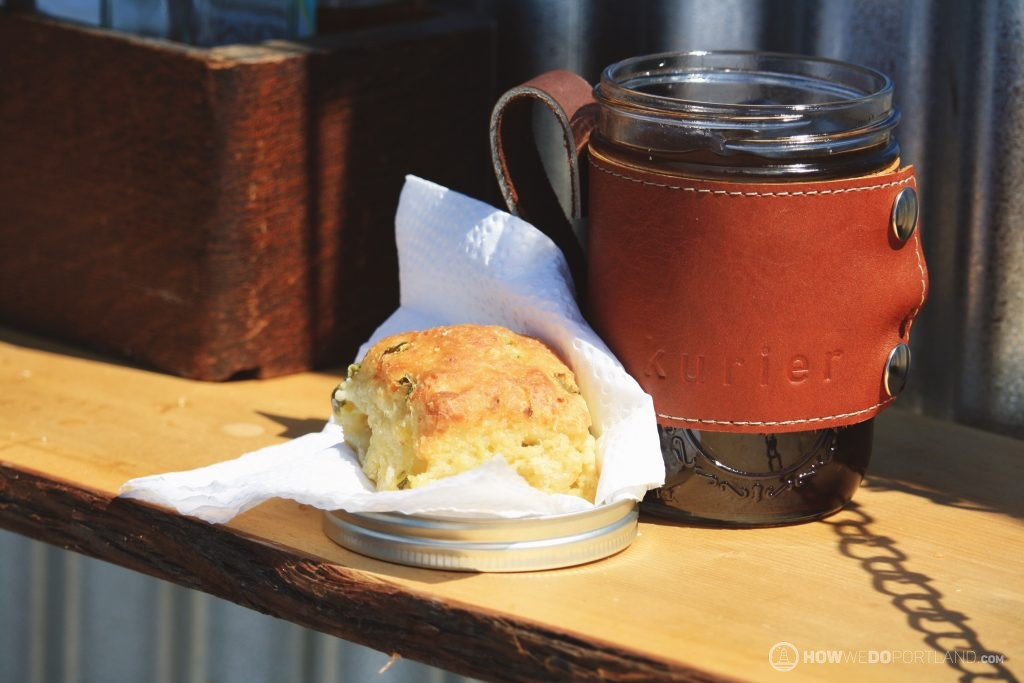 Maker's Mug Biscuit & Coffee